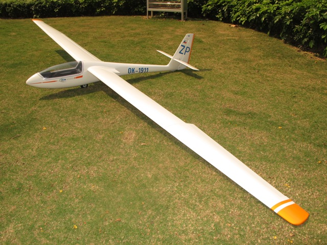 ASW-15 4M Glider With Electric Airbrake